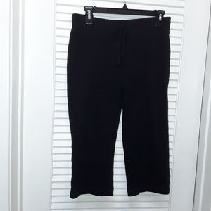 Old Navy Womans XS Black Draw String Capri Pants